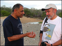 manu and Rodrigo chatting
