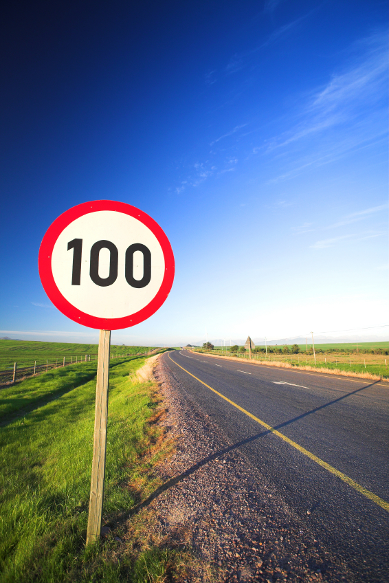 100 mph sign