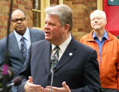 Mayor Nickels at press conference
