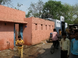 Public toilets in the developing world are fairly uncommon. Those that are available often fall into disrepair and disuse. Above, one of the glitzier example of public plumbing in the slums of Delhi, India.