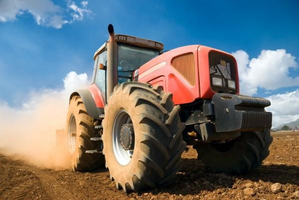 Big tractor