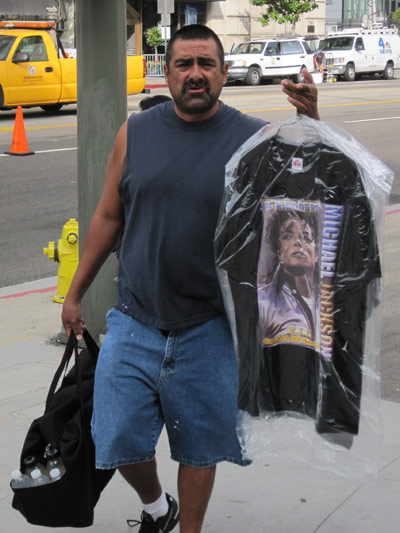 Michael Jackson T-Shirt Vendor