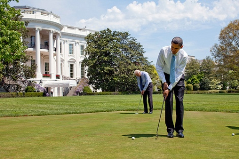 Obama playing golf closer to home