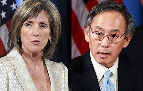 Carol Browner and Dr Steven Chu … the team grows.