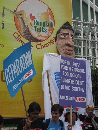 Protests outside Bangkok climate talks