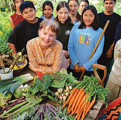 Alice Waters and schoolkids