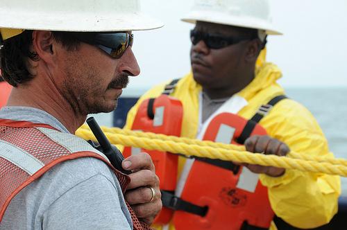 oil spill crew