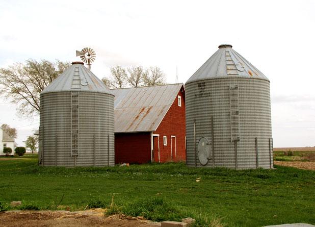 Granaries and barn