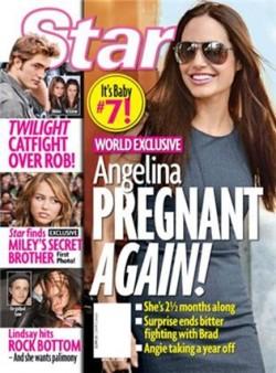 Pregnant Angelina Jolie on magazine cover