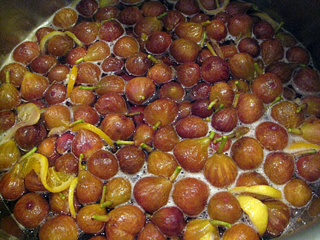 Figs boiling