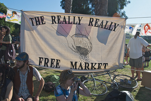 Free market sign