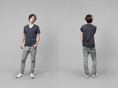 man in skinny jeans