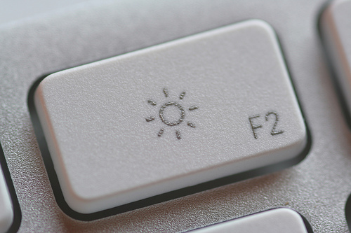 Contrast button on computer keyboard