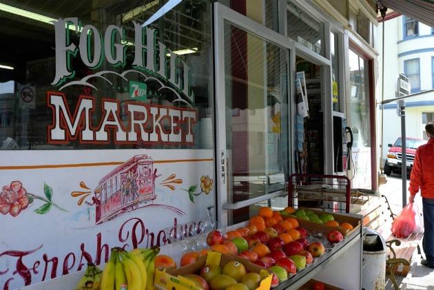 Fog Hill market
