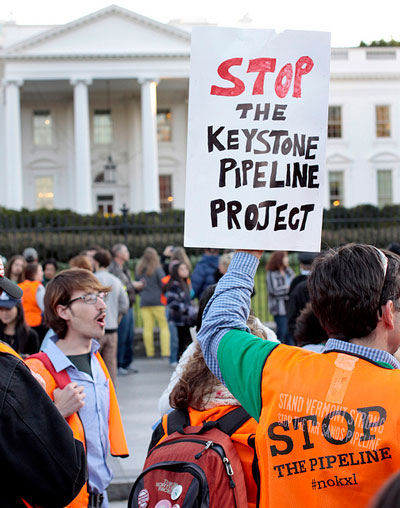 anti-Keystone sign in front of White House