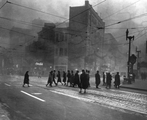 Soot and smoke in Pittsburgh during the early 1900s