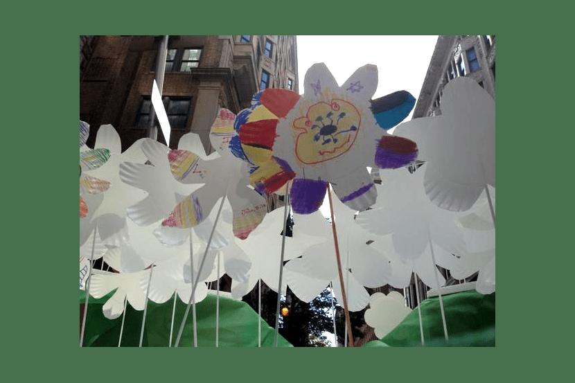 (Bonus!) Paper flowers.