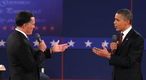 Mitt Romney and Barack Obama at second debate