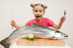 big-fish-food-kid-happy