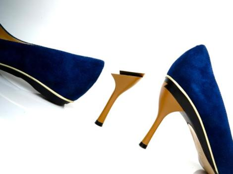 It's a flat. It's a high heel. It's a flat. It's a high heel.