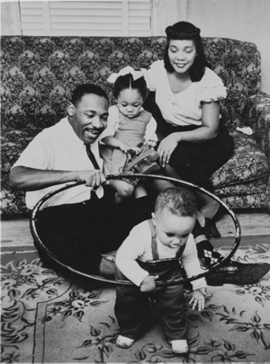 dr-martin-luther-king-jr-and-family
