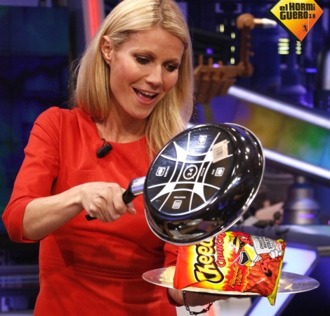 A definitely real and accurate portrayal of how Gwyneth serves food at home.
