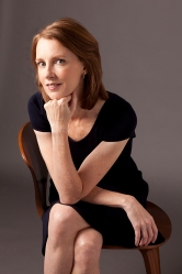 Gretchen Rubin: So happy, she can do it sitting down.