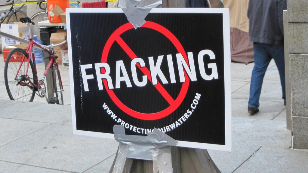a no-fracking sign