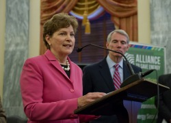 Jeanne Shaheen and Rob Portman