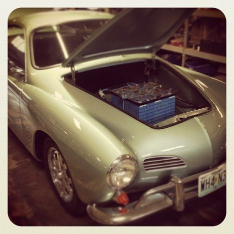 chi-electric-car-fueled-by-social-media-201305-001