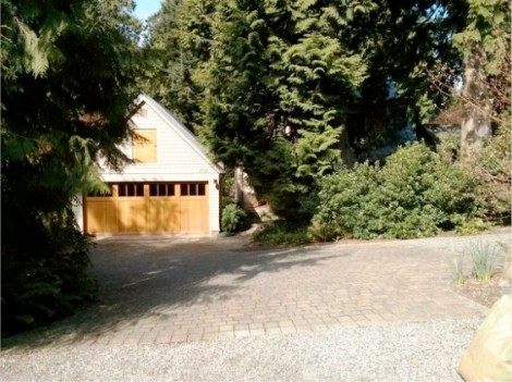 26-Beaux-Arts-Village-WA-required-two-car-enclosed-parking-by-Matt-Leber-563x421