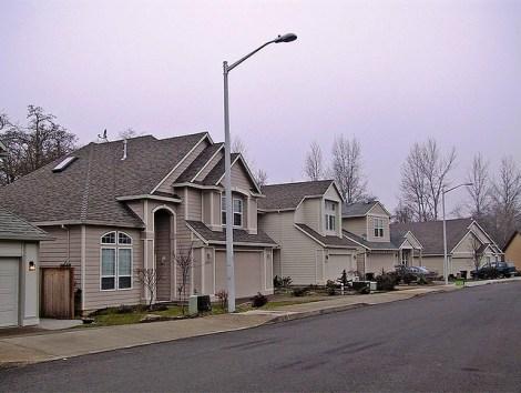 28-Oregon-streetscape-dominated-by-garages-flickr_Brett-VA