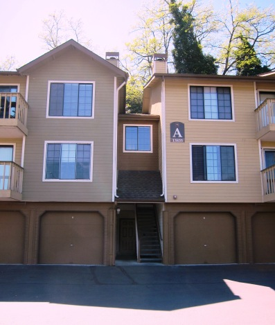 29-Tuckwila-apartment-Alyse-Nelson