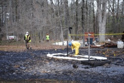 Cleaning up after Exxon's Arkansas oil spill
