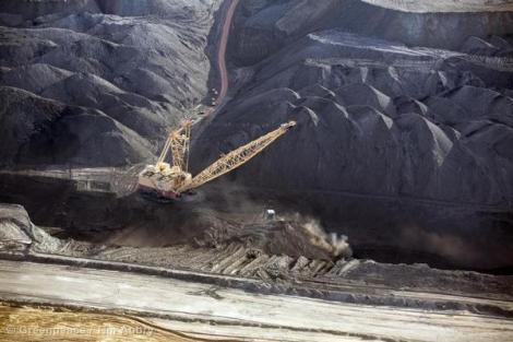 Coal strip mining in the Powder River Basin is the source of 13% of US carbon pollution