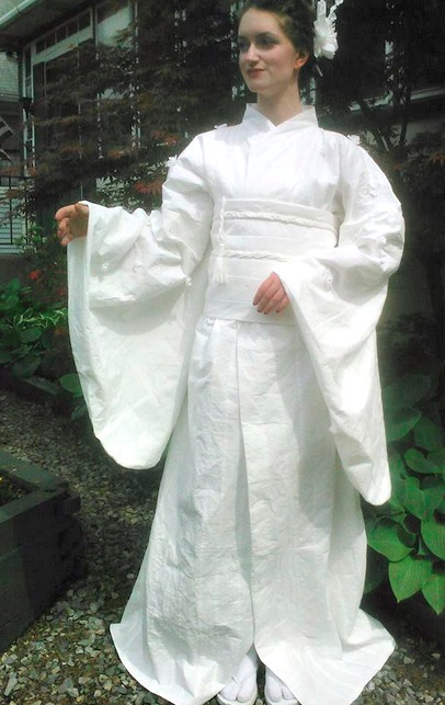 toilet-paper-kimono