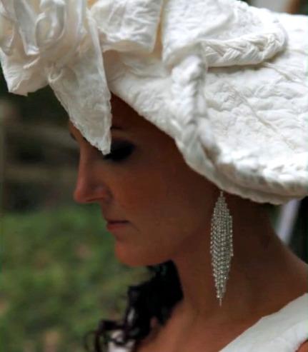 toilet-paper-wedding-hat