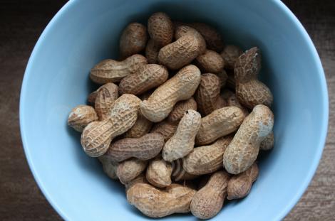 peanuts-in-bowl-flickr