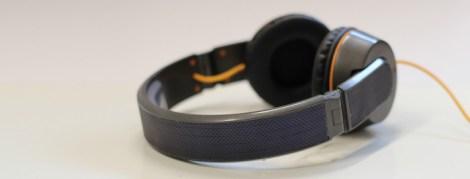 soalr headphones