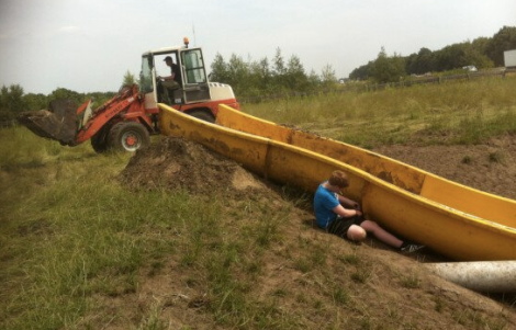 pig-mudslide-construction