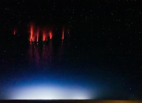 red-lightning-1