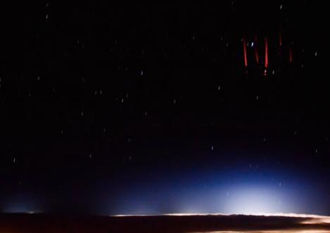 red-lightning-3