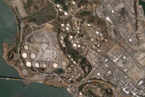 The Chevron refinery's sprawl over Richmond, Calif.