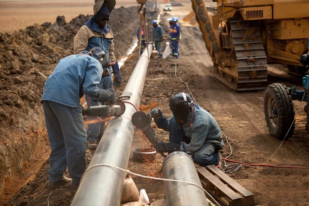 Pipeline contruction