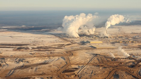 Drilling for tar-sands oil in Alberta