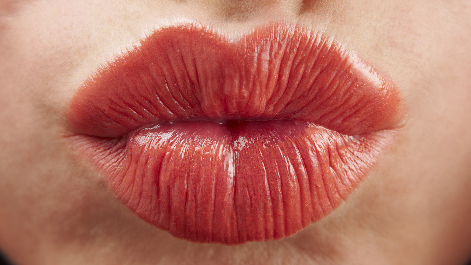 red lips kissing
