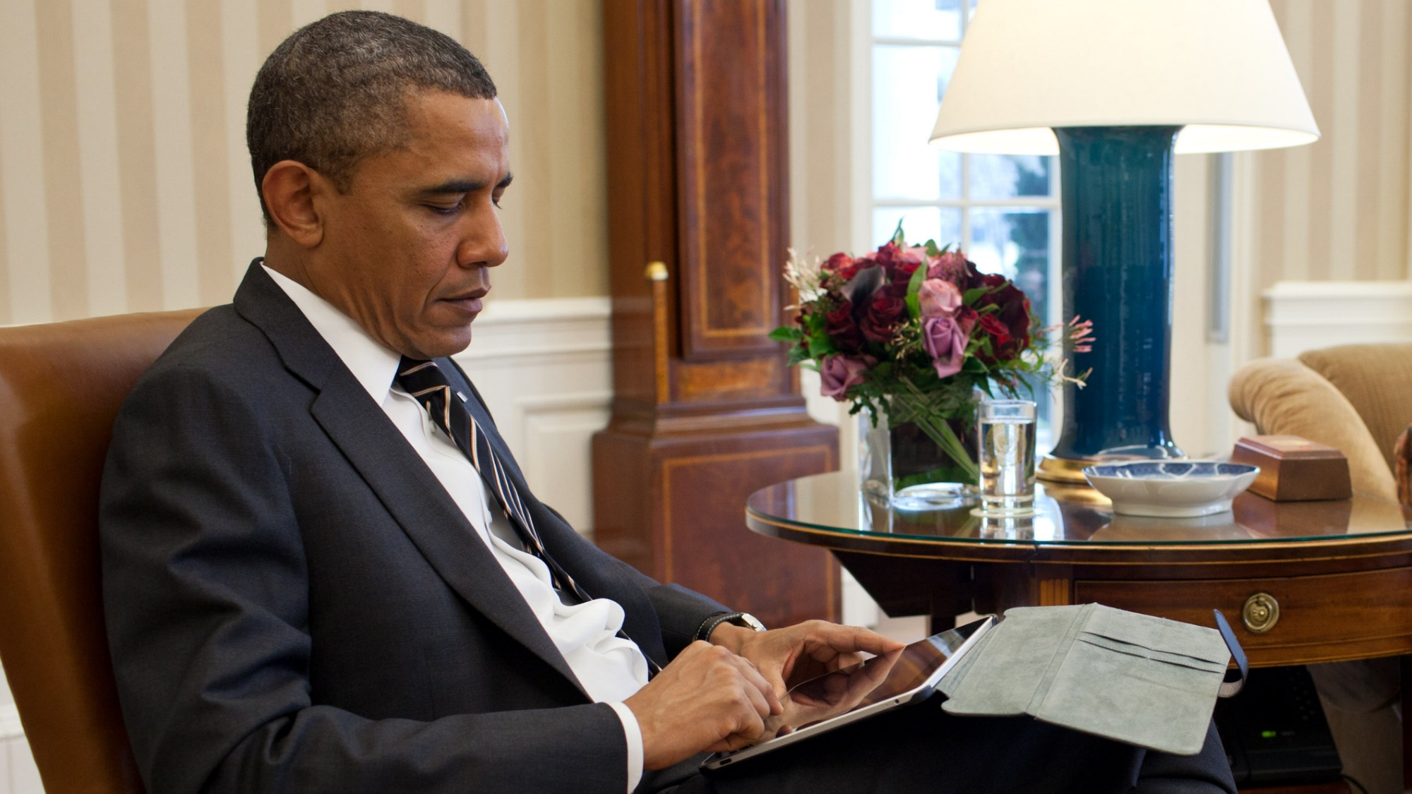 Obama with an iPad