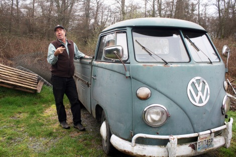 Derkee hopes to haul sustainably grown pot in his 1967 VW (named Gunther) -- which he says gets over forty miles per gallon on used vegetable oil.