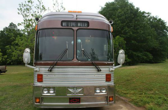 You Can Buy Willie Nelsons Swanky Old Tour Bus on Craigslist