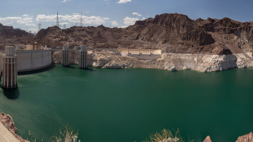 A low Lake Mead
